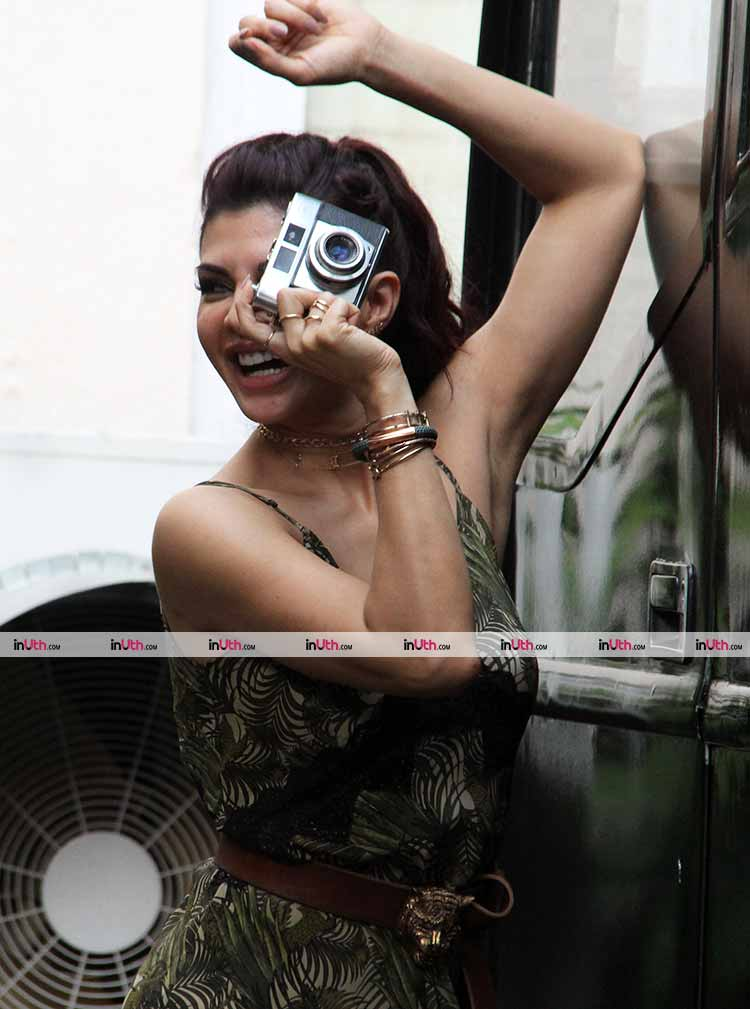 Jacqueline Fernandez posing with the camera at A Gentleman promotions