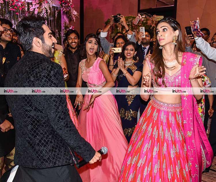Ayushmann Khurrana and Kriti Sanon promoting Bareilly Ki Barfi