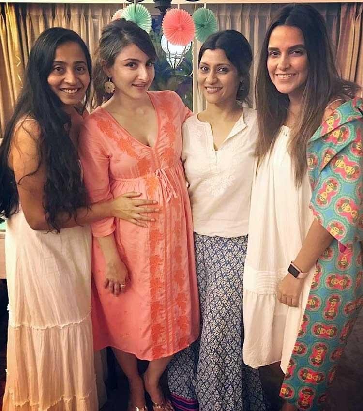 Konkona Sen Sharma, Neha Dhupia at Soha Ali Khan's baby shower