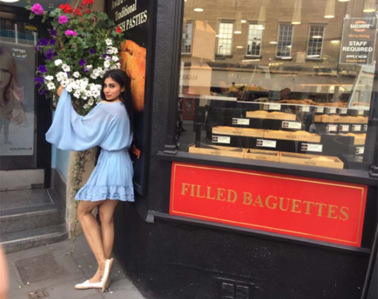Mouni Roy is drown in the beauty of Bath