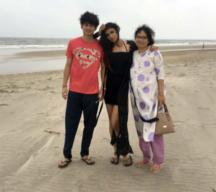 Mouni Roy's Instagram post with mother and brother
