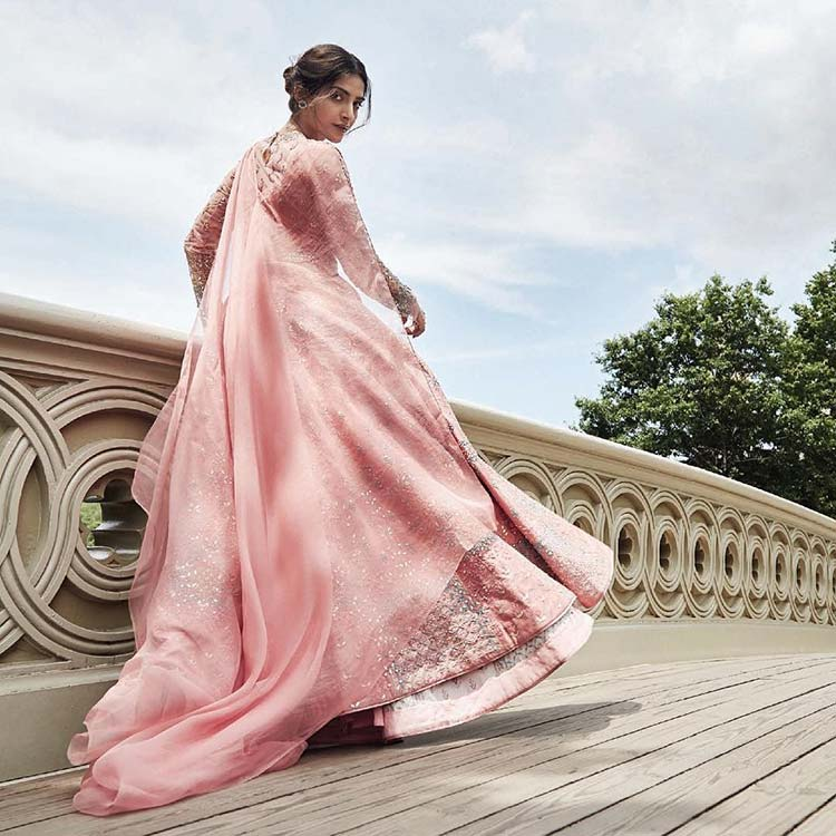 Sonam Kapoor looks empirical in her new photoshoot