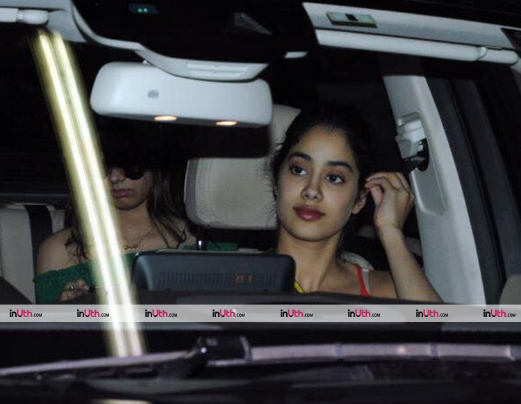 Jhanvi Kapoor spotted with sister Khushi Kapoor in the city