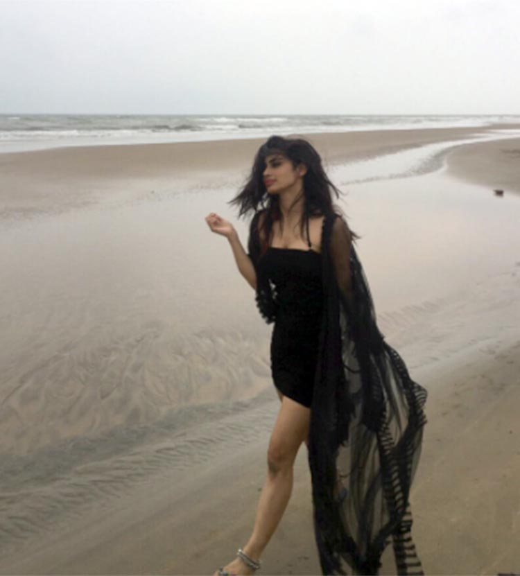 Mouni Roy's Instagram account looks beachy
