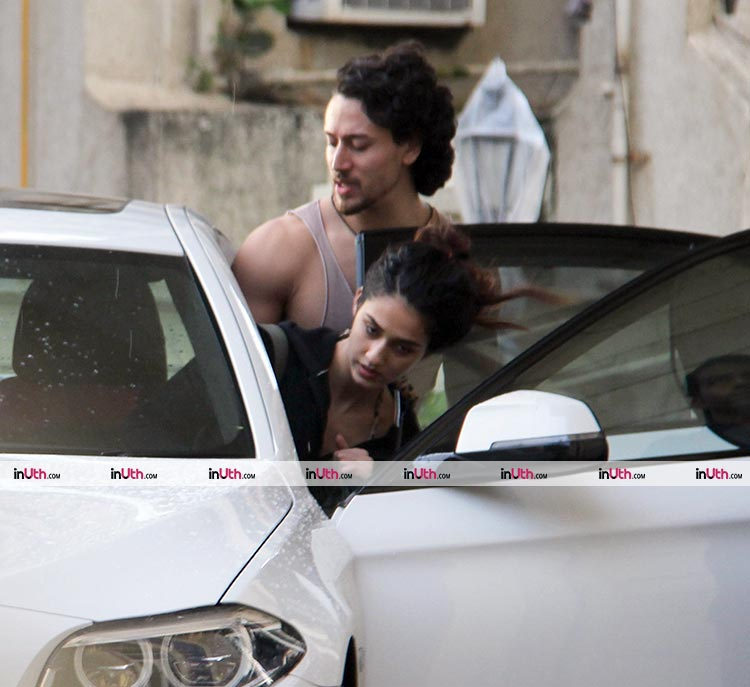 Tiger Shroff and Disha Patani spotted outside the latter's new apartment