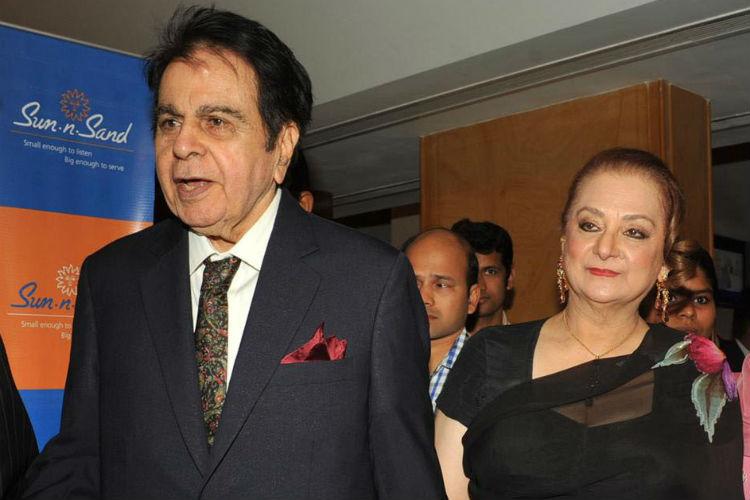 Dilip Kumar along with his wife Saira Banu.