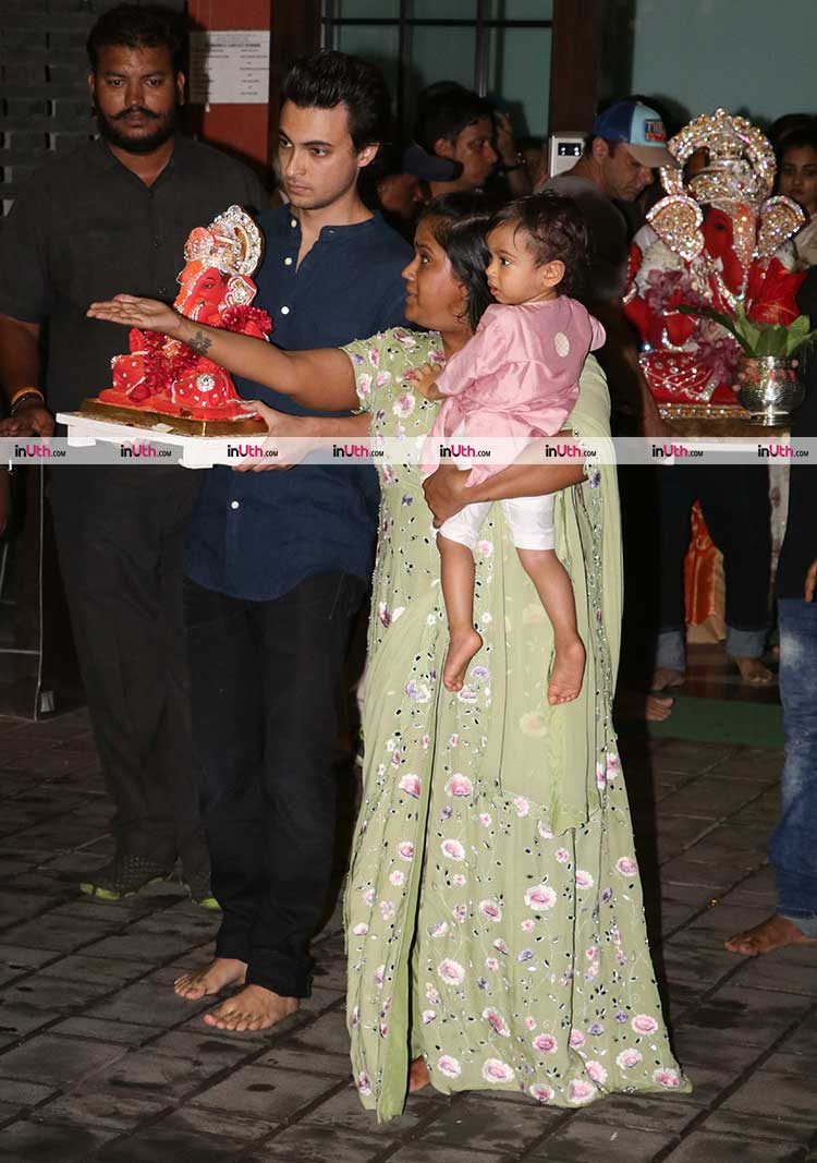 Arpita Khan and Aayush Sharma at the Ganesh Visarjan ceremony