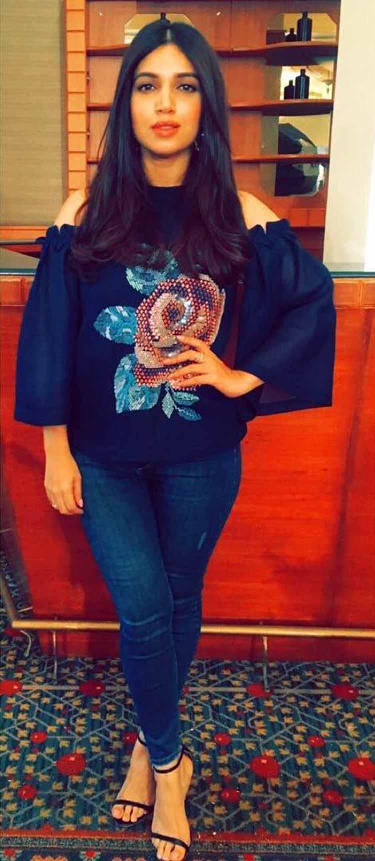Bhumi Pednekar makes blue look bright during Toilet: Ek Prem Katha promotions
