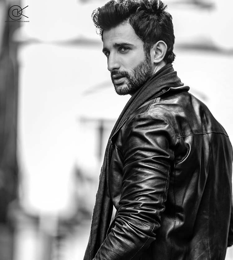 Bhoomi actor Sidhant Gupta is a total hunk