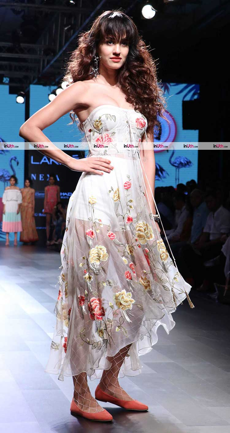 Disha Patani posing on the Lakme Fashion Week 2017 ramp