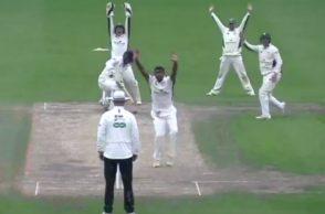 Ravichandran Ashwin County Cricket, Gloucestershire vs Warwickshire, R Ashwin County wicket Video, R Ashwin's first wicket, County Cricket