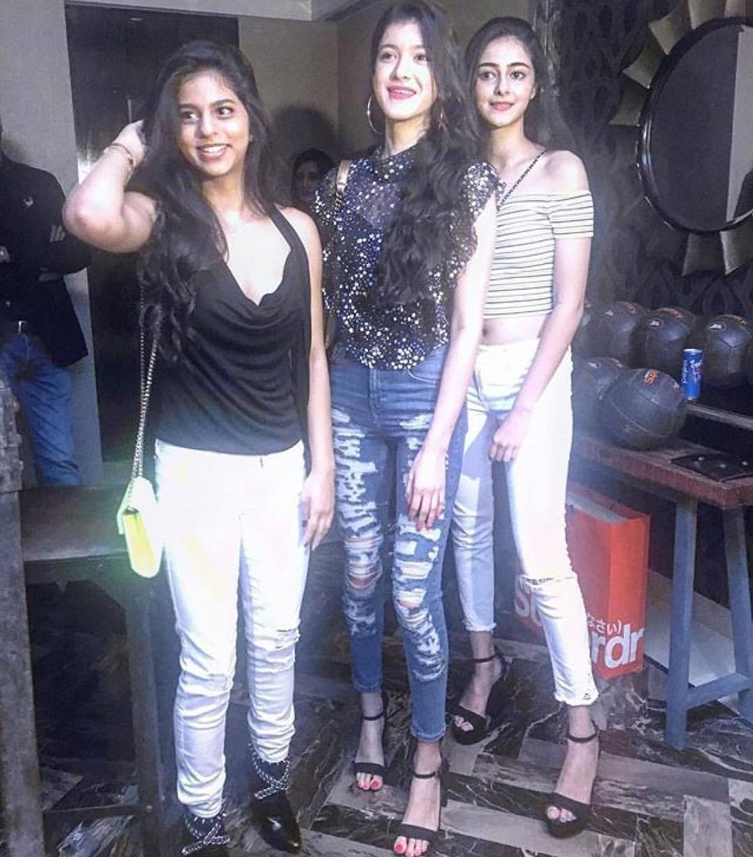Suhana Khan with Ananya Pandey and Shanaya Kapoor