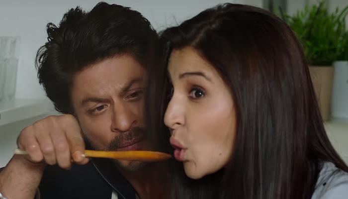 Shah Rukh Khan and Anushka Sharma in Jab Harry Met Sejal, inuth.com