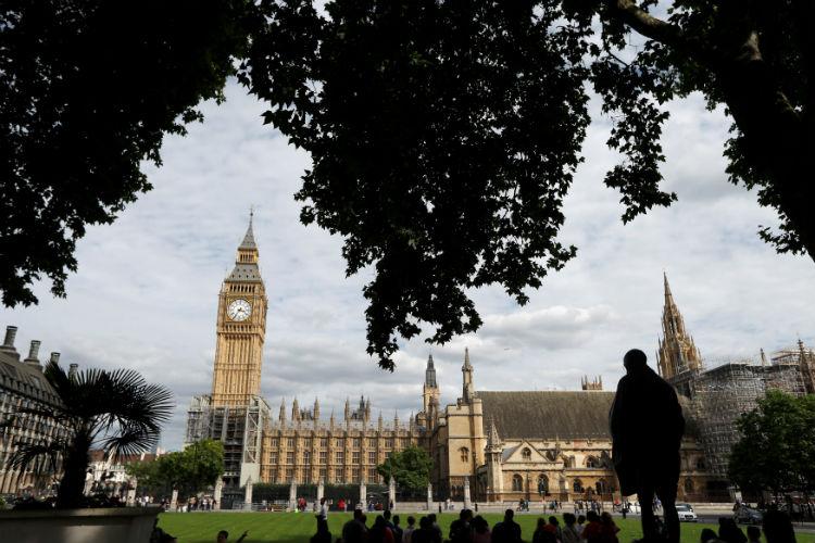 Big Ben falls silent