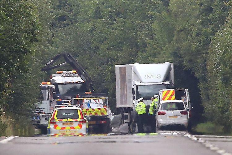car-mishapUK Devon family dead