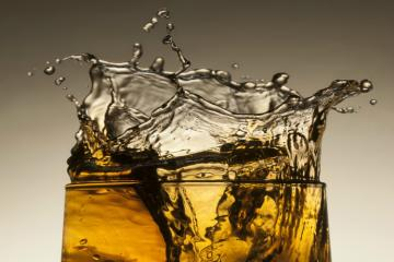 10 strongest alcohol in the world that you should strictly stay awayfrom