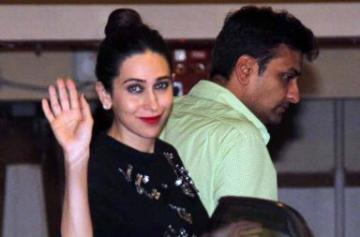 Karisma Kapoor spotted with rumoured boyfriend photo