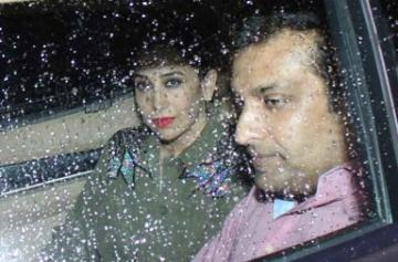 Karisma Kapoor attend Saif Ali Khan's party with rumoured boyfriend photo