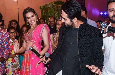 Ayushmann Khurrana, Kriti Sanon gatecrash a wedding photo