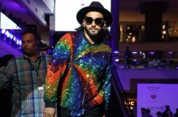 Lakme Fashion Week 2017: Ranveer Singh steals the show on day 4 photo