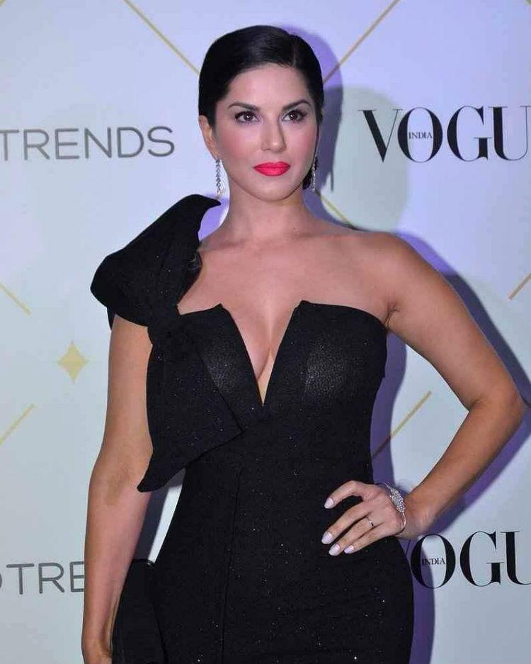 Sunny Leone at the Vogue Beauty Awards 2017