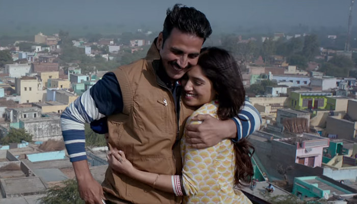 Akshay Kumar and Bhumi Pednekar in Toilet Ek Prem Katha, inuth.com