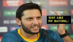 Shahid Afridi at his hilarious best, trolls himself at an event -- WATCH