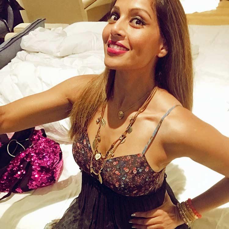 Bipasha Basu flaunting her Goan tan