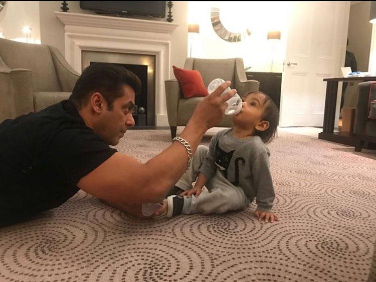 Cute Ahil's playtime with mamu Salman Khan