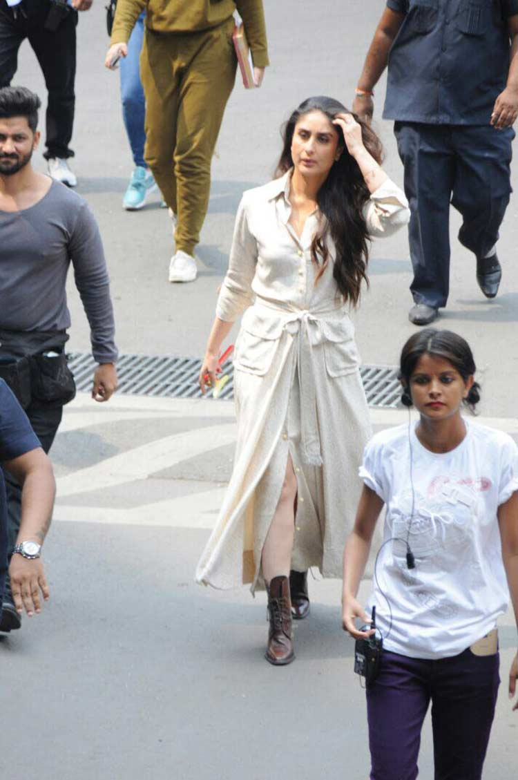 Kareena Kapoor looks sexy in this pic from the Mumbai sets of Veere Di Wedding
