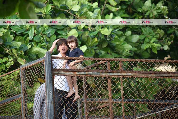 Shah Rukh Khan and AbRam greet their fans on Eid