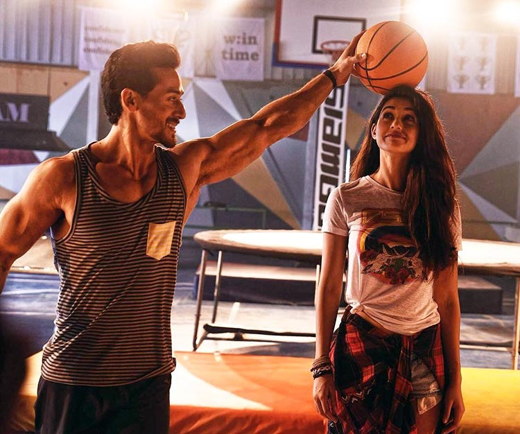 Tiger Shroff and Disha Patani look adorable in this Baaghi 2 look