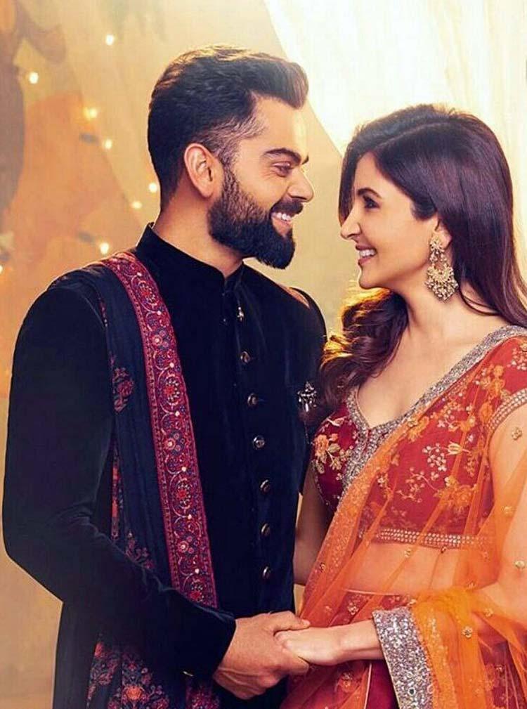 Virat Kohli and Anushka Sharma look beautiful in this latest pic