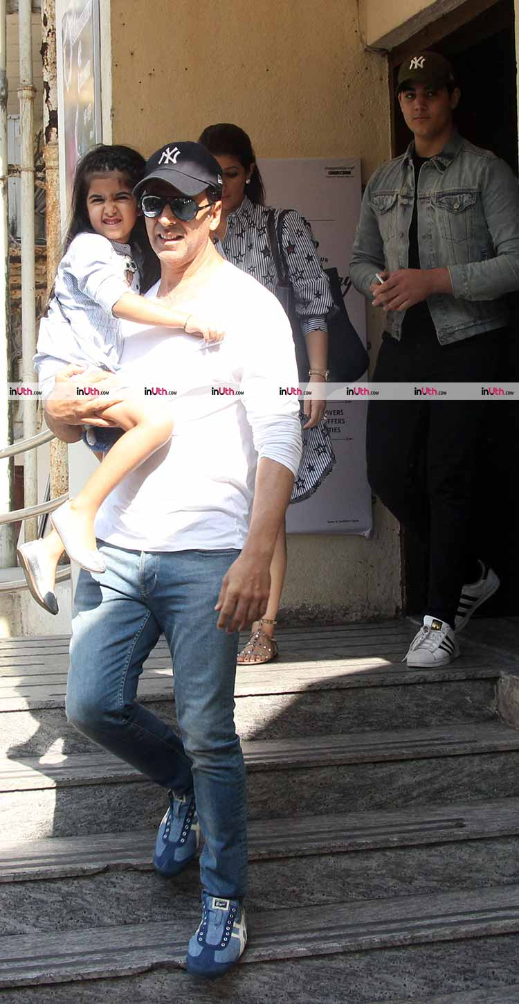 Akshay Kumar and Nitara pose for the shutterbugs