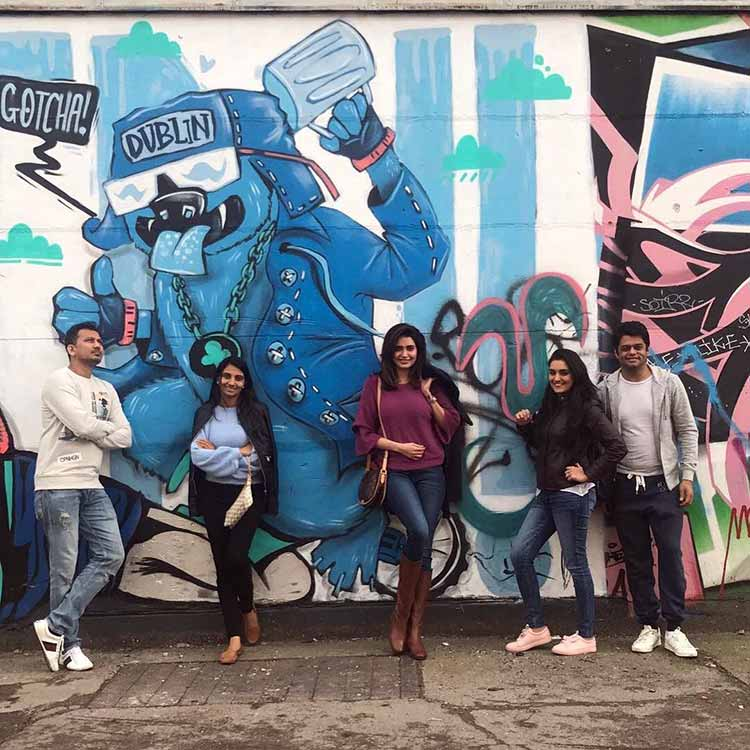 Karishma Tanna visits the Berlin Wall with her friends