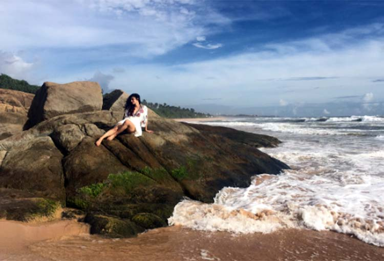 Mouni Roy looks elysian in this pic from her Sri Lankan vacation