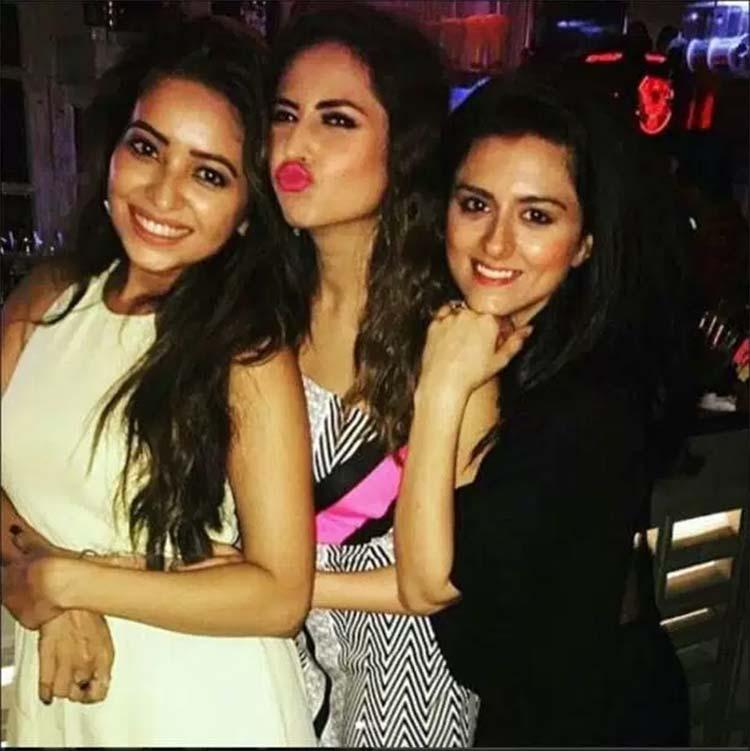 Sargun Mehta with her best friends Asha Negi and Ridhi Dogra