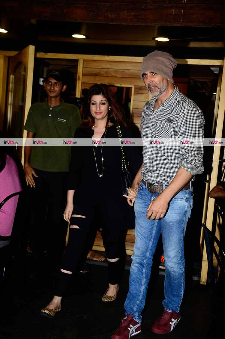 Akshay Kumar and Twinkle Khanna's superb Saturday night out