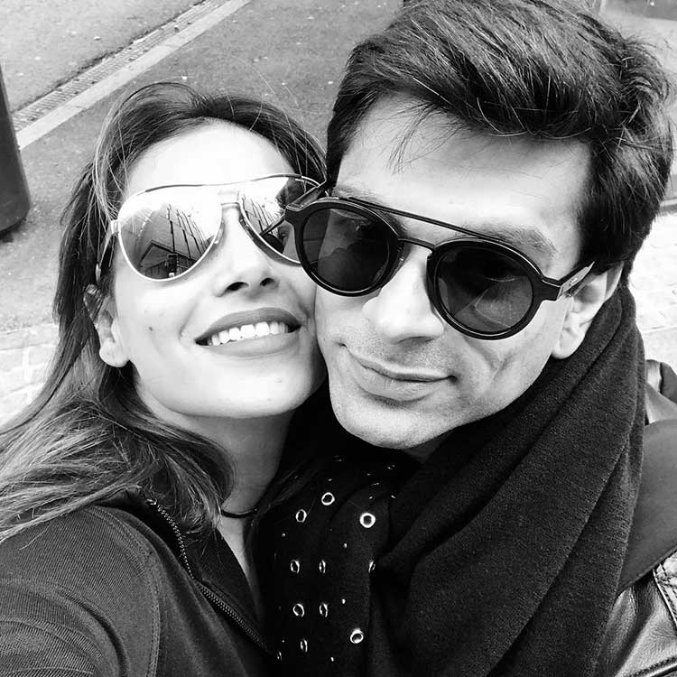 Bipasha Basu and Karan Singh Grover romancing in England