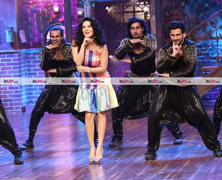 Sunny Leone dancing to 'Baby Doll' on the sets of The Drama Company