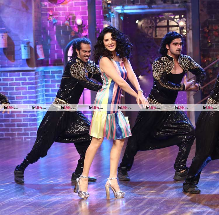 Sunny Leone performing on the sets of The Drama Company