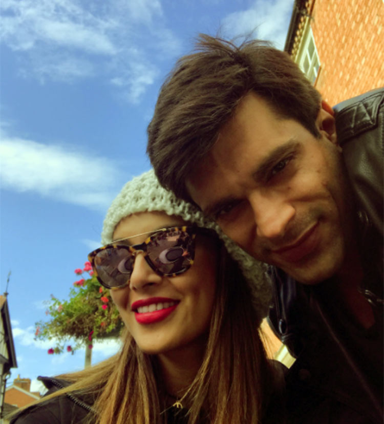 Karan Singh Grover and Bipasha Basu are vacationing in England