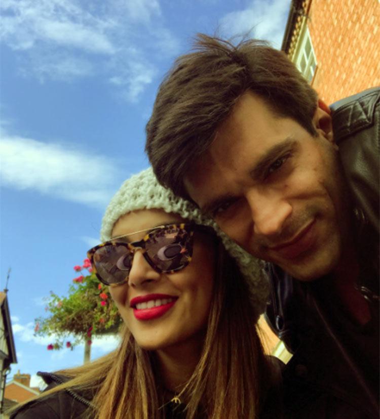 Karan Singh Grover and Bipasha Basu are vacationing in England