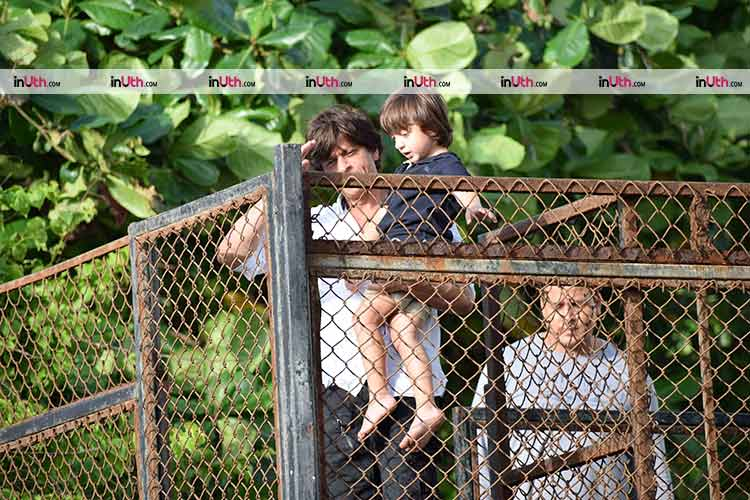 Shah Rukh and AbRam meet the fans on Eid