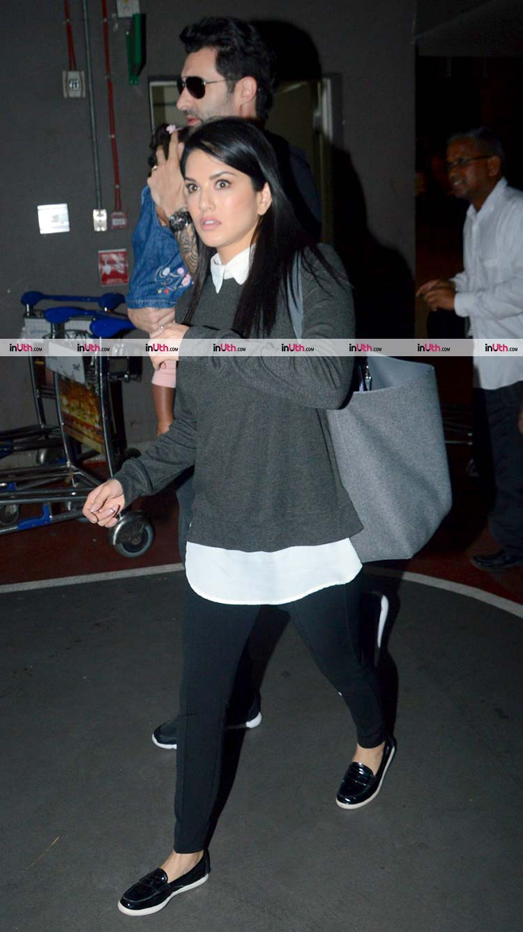 Sunny Leone spotted in Mumbai with her family