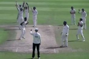 Ravichandran Ashwin County Cricket, Worcestershire, Gloucestershire, Ashwin 5-wicket haul, Ashwin County 8 wickets