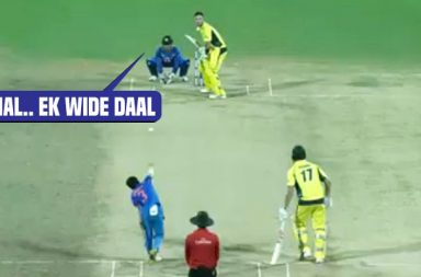MS Dhoni, MS Dhoni speaks behind the stump, MS Dhoni behind the stump speaking, MS Dhoni wicket keeping, MS Dhoni stumping, MS Dhoni speaking in Hindi, MS Dhoni speaks while keeping, MS Dhoni reords, MS Dhoni news, MS Dhoni batting, MS Dhoni catches