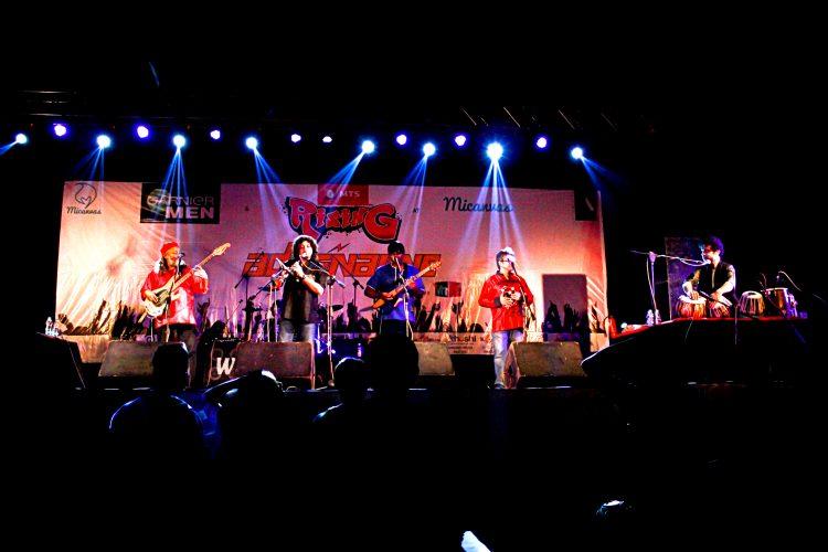 Indian_Ocean_performing_live