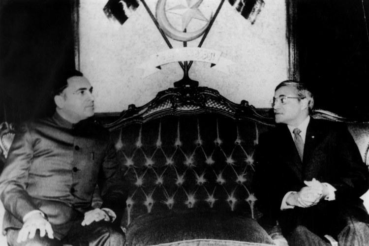Rajiv Gandhi, Abdul Gayoom