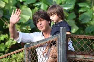 Shah Rukh Khan and AbRam celebrate Eid photo